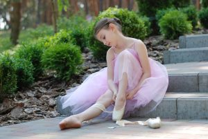 ballet 2789416 1920 300x201 - Tanečný odbor