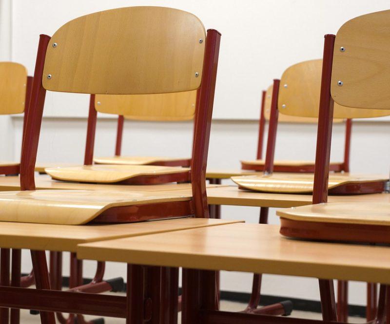 classroom 824120 1280 p5452l38m1io95347w7vvmpbg11x16mjala9m5p1q2 - Domov
